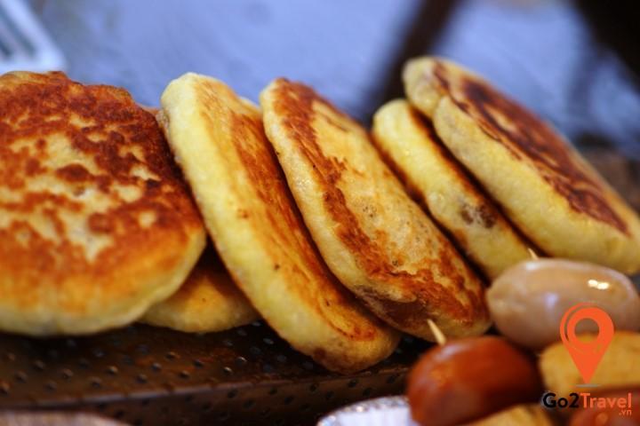 bánh Hotteok