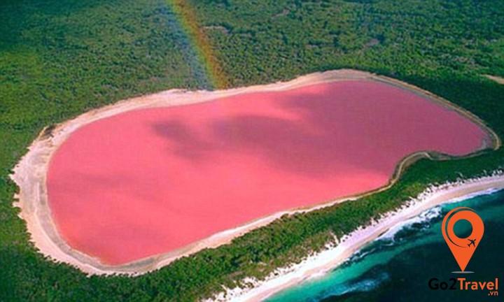 hồ nước hồng