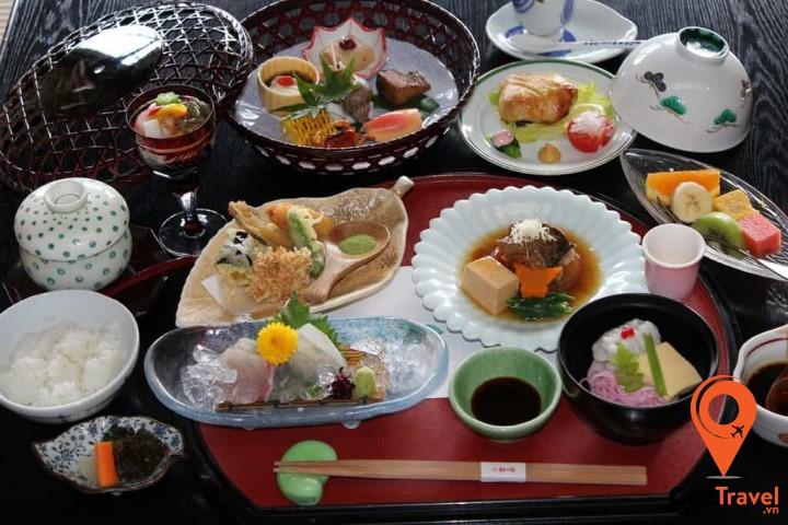 Kaiseki Ryori là một set thức ăn theo mùa