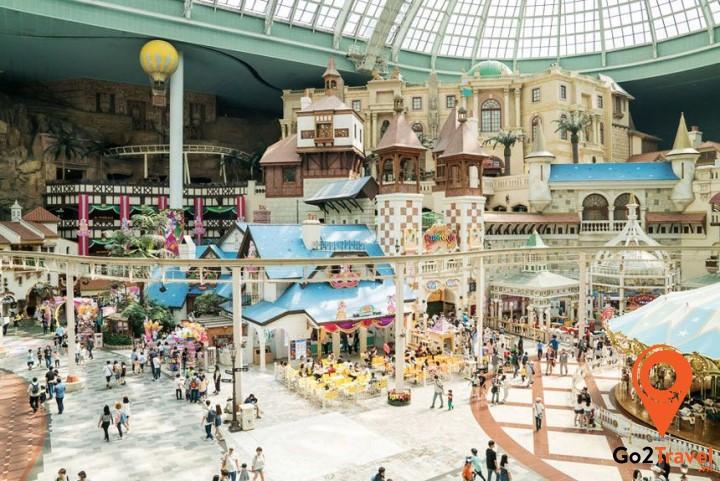 Khu vui chơi giải trí trong nhà hiện đại tại Lotte World