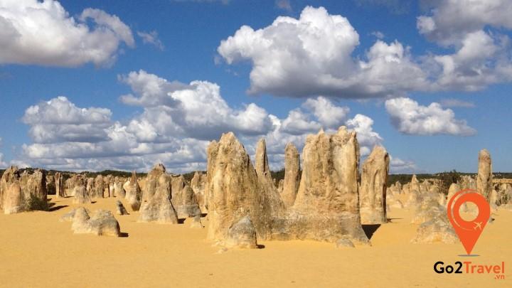 Sa mạc Pinnacles