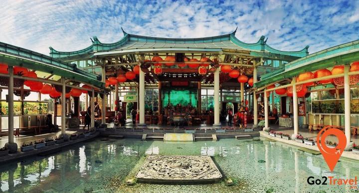 Lukang Glass Temple - ngôi đền bằng kính duy nhất trên thế giới