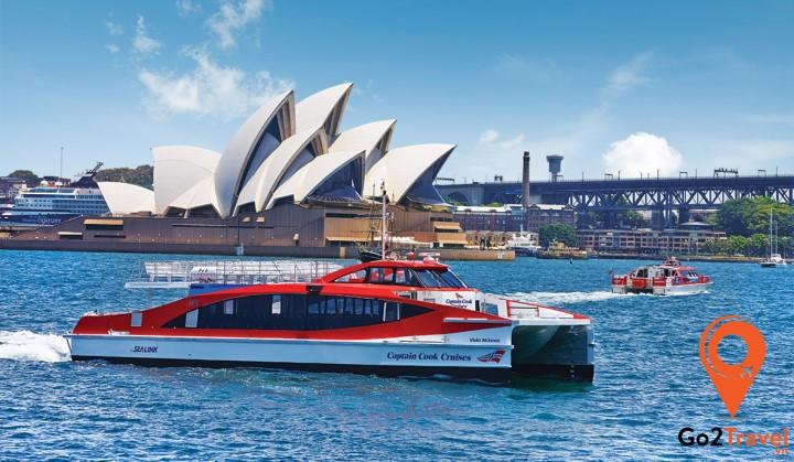 Trải nghiệm cảm giác đi du thuyền vịnh Sydney