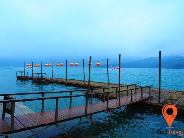 Hồ Nhật Nguyệt phong cảnh hữu tình
