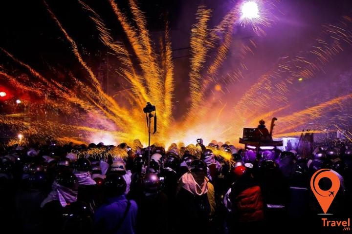 Lễ hội đốt pháo vào dịp Tết ở Diêm Thủy - Đài Nam