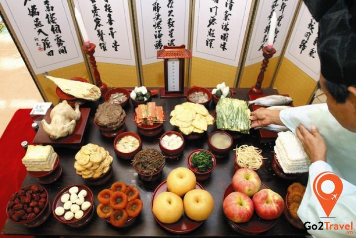 Người Hàn Quốc có quy định hẳn hoi về mâm cỗ cúng ngày đầu năm