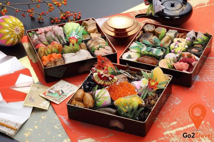 Thưởng thức món ăn Nhật Bản