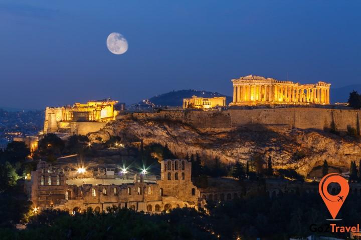 Di chuyển trở lại Athen quá nhanh