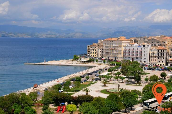 Một vùng trời nước Corfu làm say lòng người
