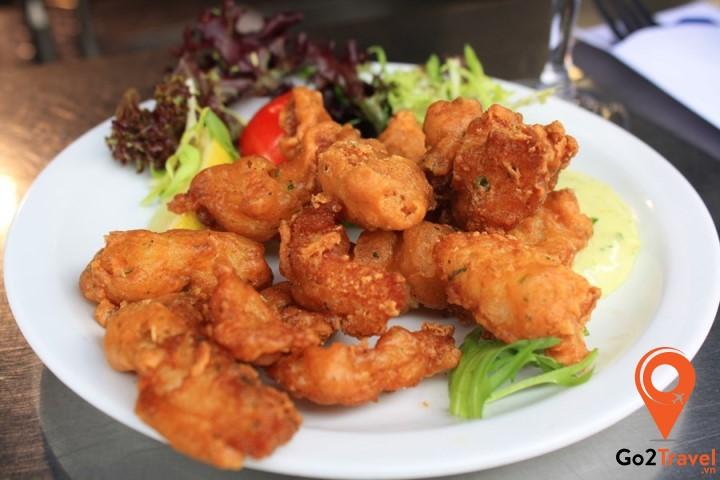 Kibbing cũng là một món ăn được làm từ cá vô cùng hấp dẫn ở Hà Lan.