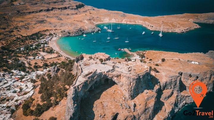 Rhodes được xem là một trong những hòn đảo xinh đẹp nhất của Hy Lạp