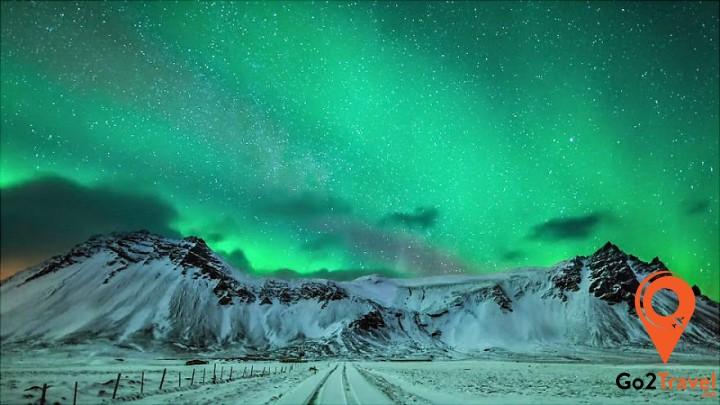 Miền bắc nước Nga cũng là một địa điểm lý tưởng để ngắm cực quang