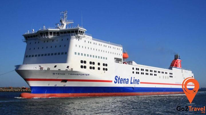 du khách cũng có thể đến Hà Lan theo đường biểnbằng phà