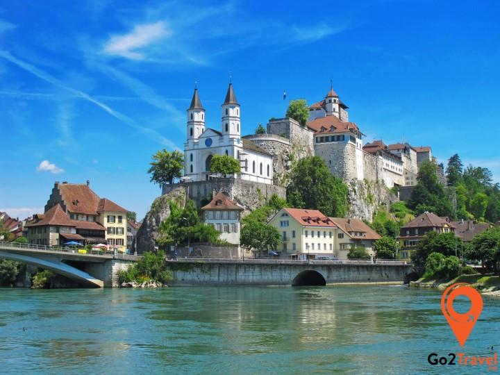 Thành phố đáng mơ ước nhất thế giới, niềm tự hào của người Thụy Sĩ chính là Zurich