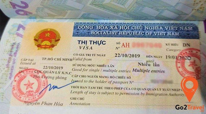 Visa công tác Việt Nam là gì?