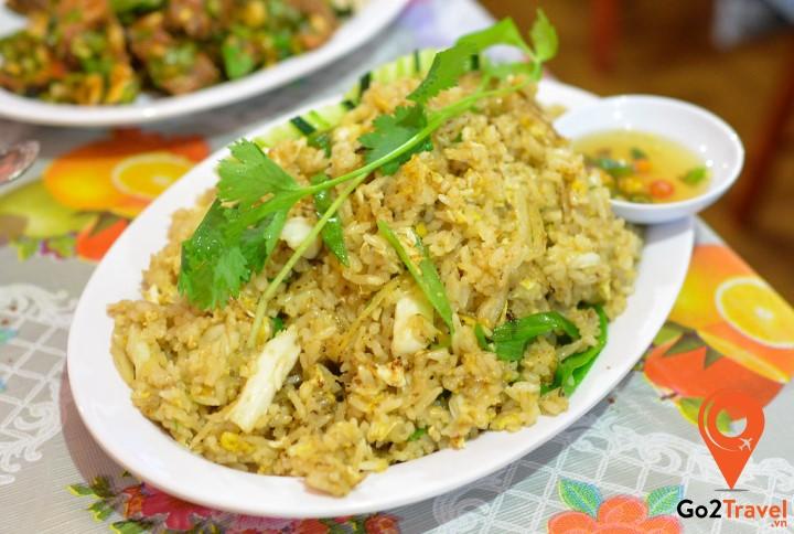 Món cơm chiên Thái Lan