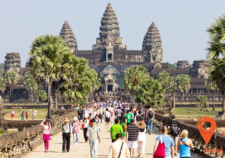 Mọi người nên tham khảo giá vé tham quan đền Angkor Wat