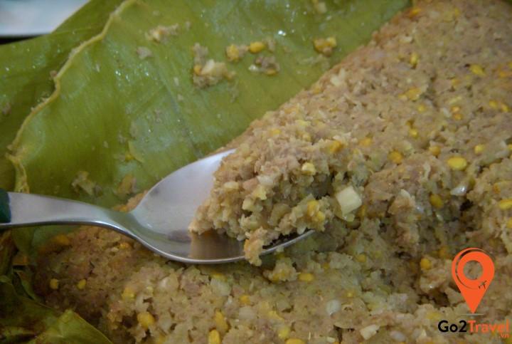 Mắm trộn thịt gói lá chuối