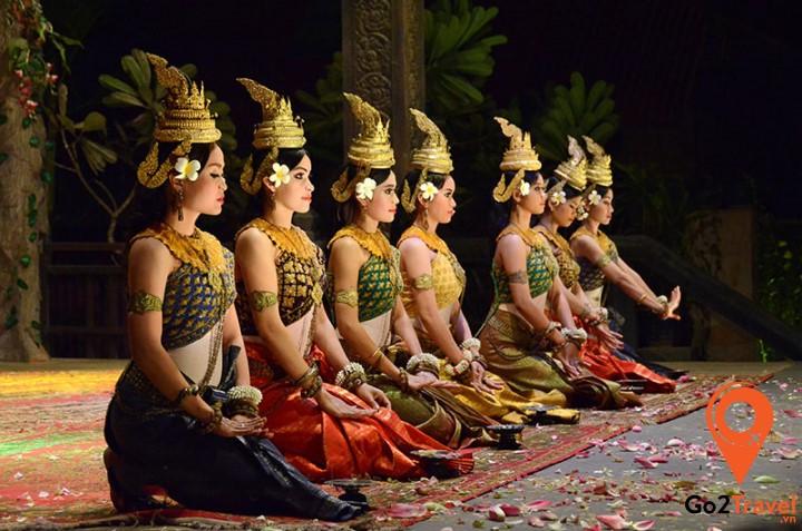 Thưởng thức điệu múa Apsara bằng chuyến du lịch Campuchia nhé!
