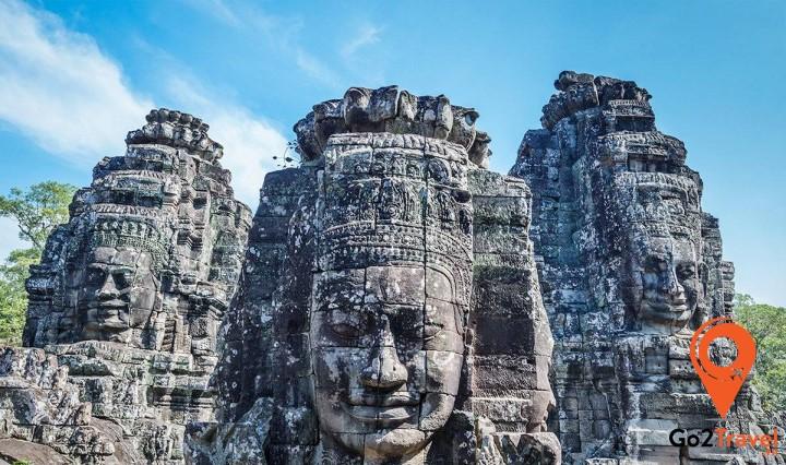 những pho tượng tại Bayon với 4 mặt và vẻ tĩnh tại cũng là một trong những bí ẩn của thế giới