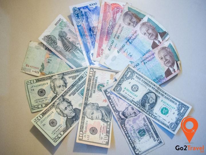Các bạn nên đôi tiền trước khi đi du lịch