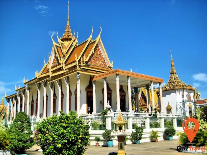 Tôn giáo ảnh hưởng mạnh mẽ tới cấu trúc cơ bản của chùa chiền
