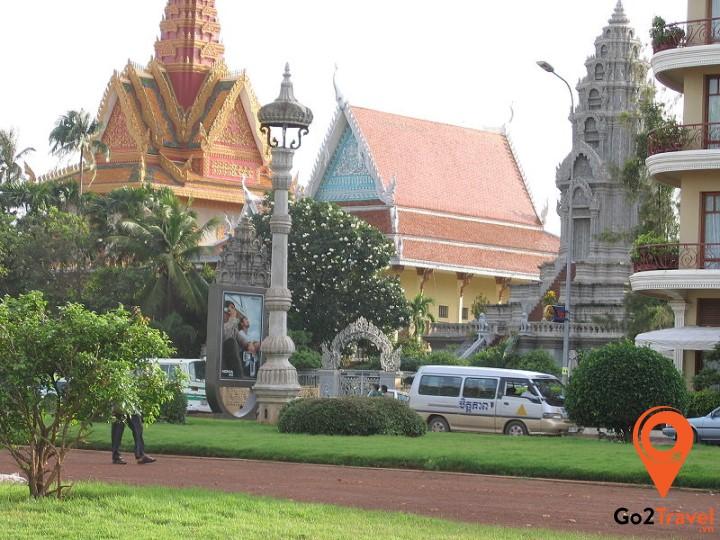 Wat Onalaom