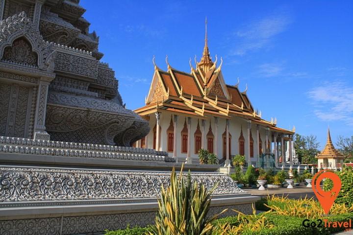 Cambodia Phnom Penh Silver pagoda