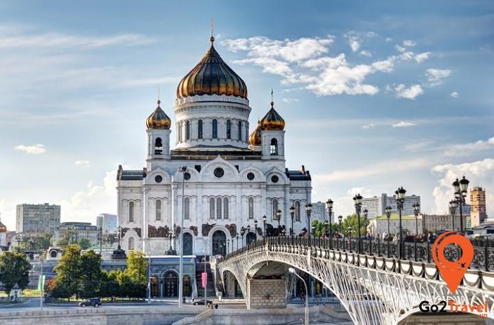 nha-tho-chinh-toa-chua-kito-dang-cuu-do-Moskva