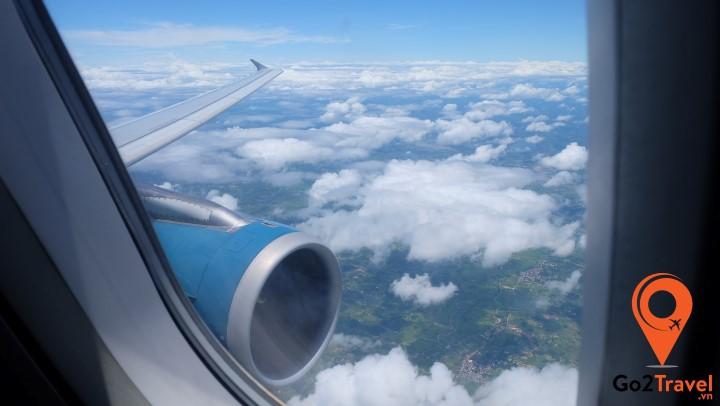 Máy bay là phương tiện hợp lý nhất để di chuyển từ Việt Nam sang Thái Lan