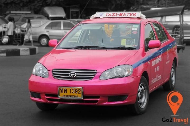 Khi đi taxi cần lưu ý một số điều