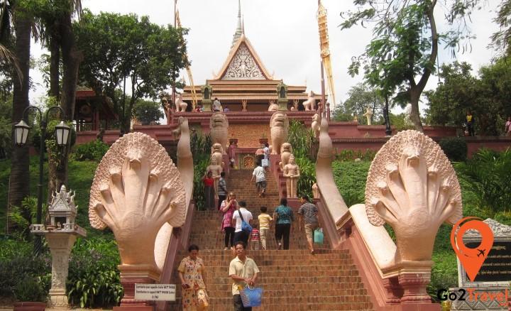 97% dân số Campuchia theo Phật giáo Nguyên thủy