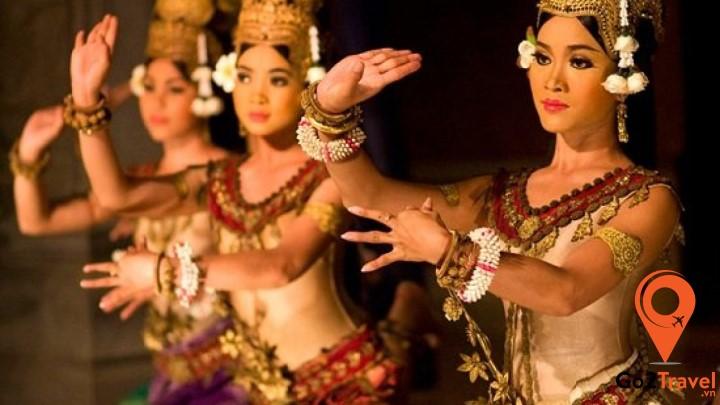 Điệu múa Apsara chính là tâm điểm của mỗi buổi trình diễn