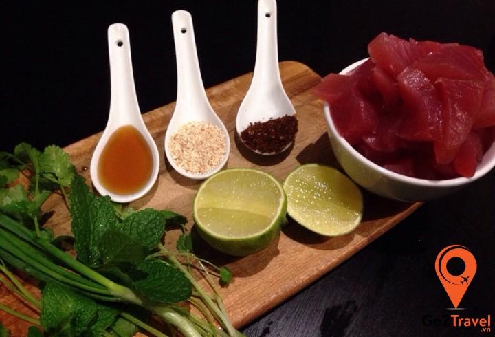Món ăn có thành phần chính từ cá ngừ