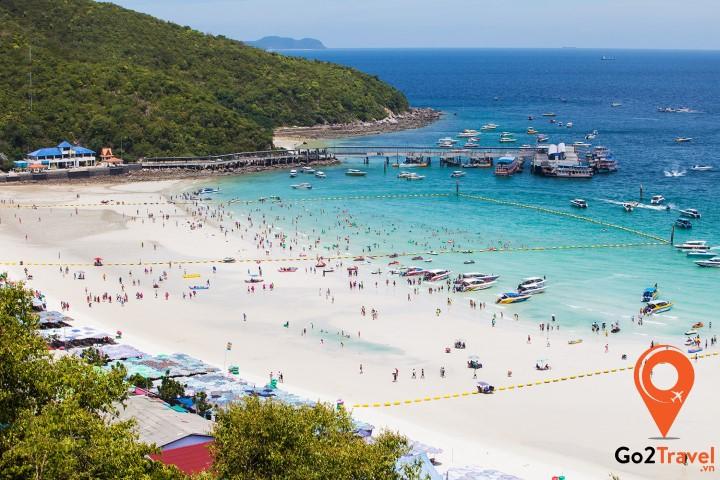 Đảo Koh Larn cách bãi biển Pattaya chừng 15 phút đi thuyền cao tốc