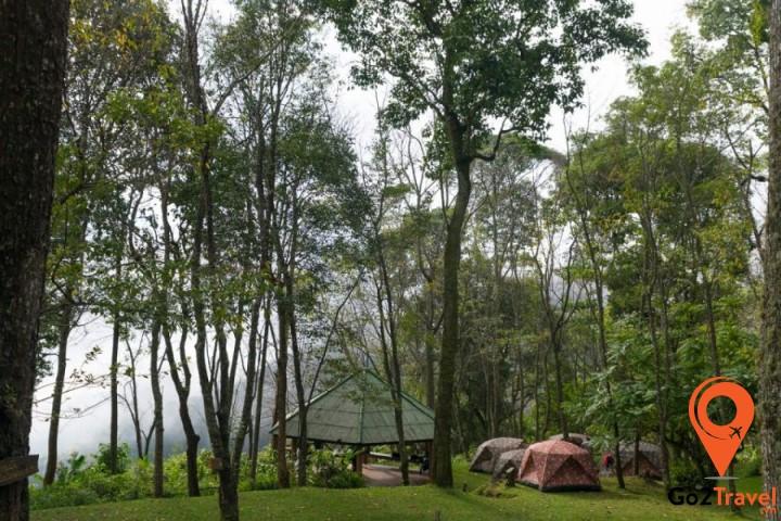 Vườn quốc gia Doi Suthep – Pui có khí hậu mát mẻ, trong lành
