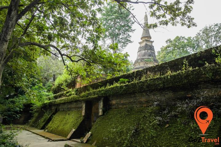 Ngôi chùa cổ kính phủ lớp rêu phong của thời gian