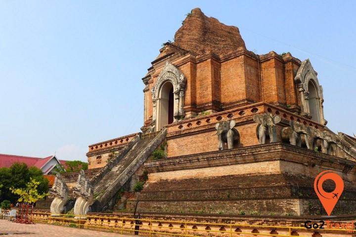 Ngôi chùa sừng sững cùng thời gian