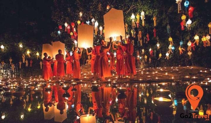 Lễ hội đèn trời Chiangmai là truyền thống để kính dâng đức Phật