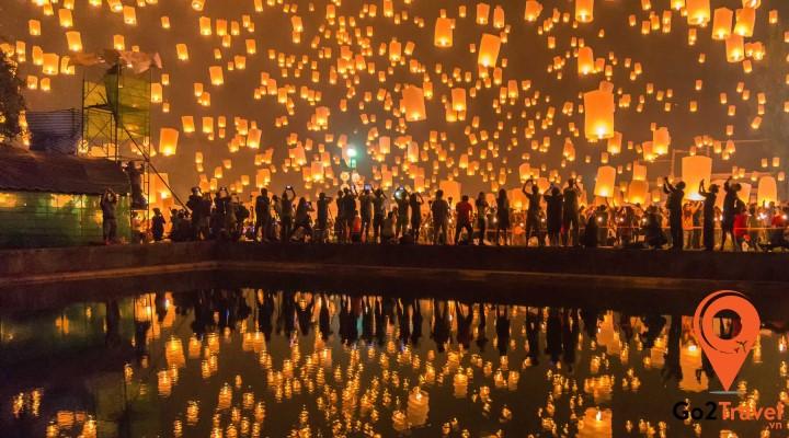 Lễ hội thả đèn trời Loy Krathong khiến cả bầu trời trở lên lung linh, huyền ảo