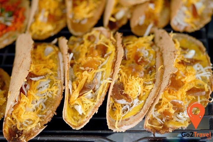Bánh có mùi vị thơm ngon của kem dừa