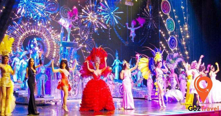 Show Tiffany hấp dẫn tại Pattaya