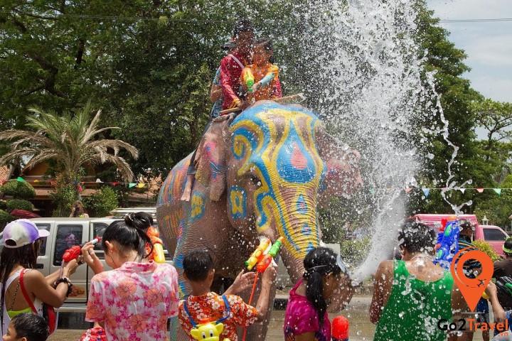 Tết truyền thống Thái Lan được bắt đầu từ ngày sinh Phật
