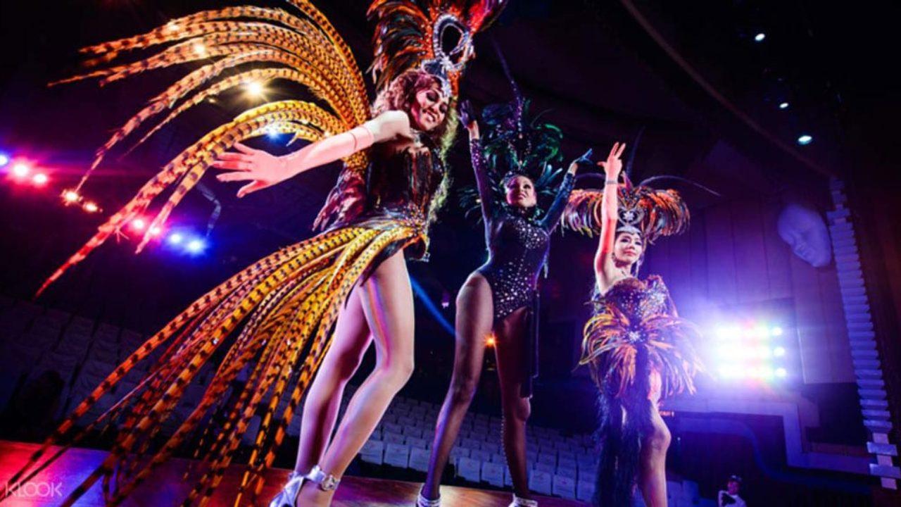 Những lady boy nhảy múa, biểu diễn